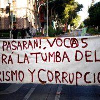 [México] Barricadas e faixas no CECyT 5-IPN ante a repressão de milicianos
