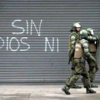 [Porto Alegre-RS] Ataque a uma viatura da polícia civil. Solidariedade com os sequestrados nas gaiolas dos Estados.