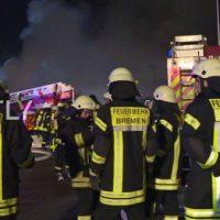 [Alemanha] Veículos militares destruídos em possível ataque incendiário nas instalações de Bremen