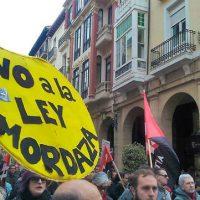 [Espanha] Centenas de pessoas vão às ruas de Logroño para pedir o fim de processos contra militantes da CNT