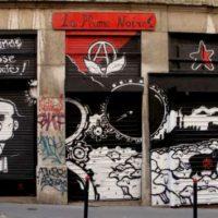 """[França] Comunicado da FA após ataque fascista contra a livraria anarquista """"La Plume Noire"""""""