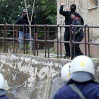 [Grécia] Novo ataque coordenado da Polícia e fascistas contra okupa no centro de Atenas