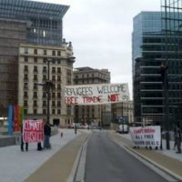 """[Holanda] Faixa em solidariedade com os """"sans-papiers"""""""