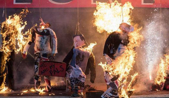 reino-unido-o-punk-voltou-a-arder-40-anos-depois-1