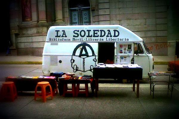 venezuela-entrevista-a-biblioteca-movel-la-soled-1