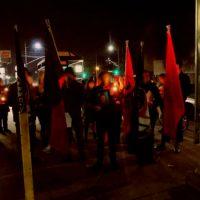 [EUA] Sacramento, Califórnia: pessoas tomam as ruas em memória do anarquista Michael Israel, assassinado em Rojava lutando contra o ISIS
