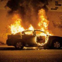 [Itália] Gênova: Veículo incendiado em solidariedade com os presos anarquistas