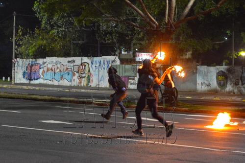 sobre-os-protestos-contra-a-pec-24155-em-porto-a-1