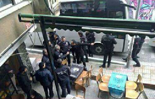 turquia-policia-ataca-espaco-anarquista-em-istam-1