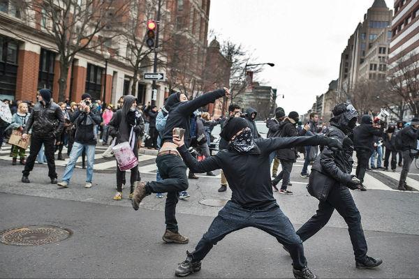 anarquistas-prometem-conter-ascensao-da-extrema-1