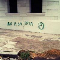 [Argentina] Buenos Aires: Pichações contra a IIRSA