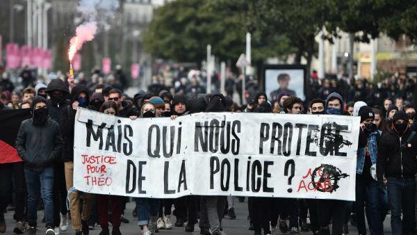 franca-solidariedade-a-theo-e-todas-as-vitimas-d-1