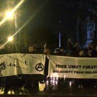 [Irlanda] Vigília em solidariedade ao preso anarquista em greve de fome Umut Firat em frente à embaixada da Turquia, em Dublin