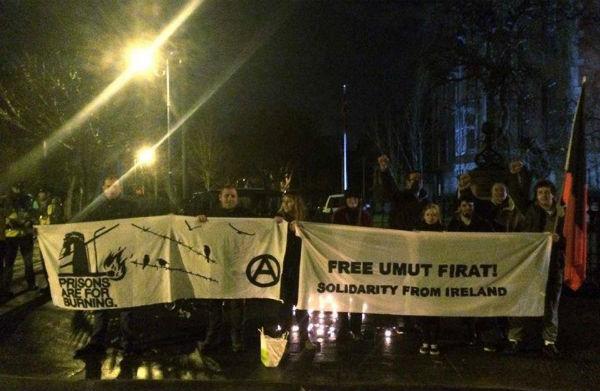 irlanda-vigilia-em-solidariedade-ao-preso-anarqu-1