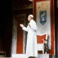 """[Alemanha] 1963: Peça """"O vigário"""" denuncia omissão do Vaticano no nazismo"""