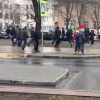 [Bielorrússia] Vídeo mostra momento que anarquistas são detidos pela polícia bielorrussa