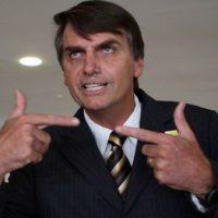 Jornal britânico aponta Bolsonaro como incentivador do neonazismo