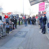 [Polônia] Anarquistas protestam em frente à embaixada bielorrussa em Varsóvia