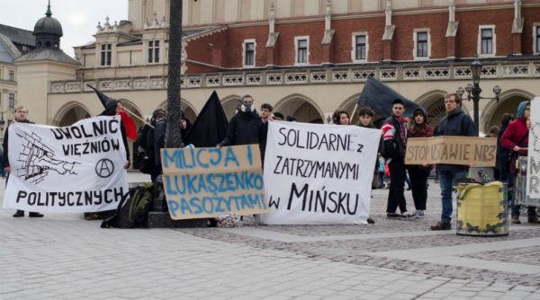 polonia-protesto-em-cracovia-em-solidariedade-co-1