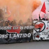 [França] Manifestação em Bordeaux contra a vinda de Marine Le Pen reúne mais de 2 mil antifascistas