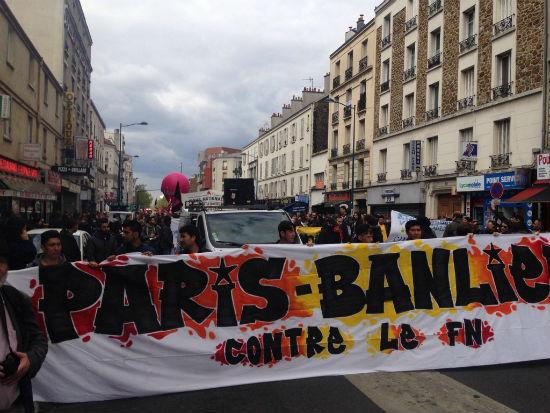 franca-protesto-contra-marine-le-pen-em-paris-1