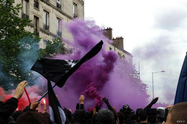 franca-protesto-contra-marine-le-pen-em-paris-4.jpeg