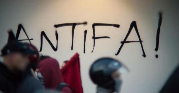 grecia-video-antifas-anarquistas-marcham-no-cora-1