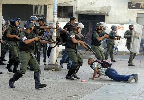 venezuela-pronunciamento-anarquista-contra-a-car-1