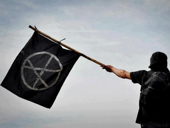 a-luta-anarquista-longe-dos-holofotes-1