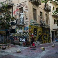 Anarquistas preenchem vácuo do governo e assumem assistência social na Grécia