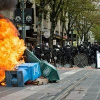 eua-protestos-ataques-confrontos-e-detencoes-mar-2.jpeg
