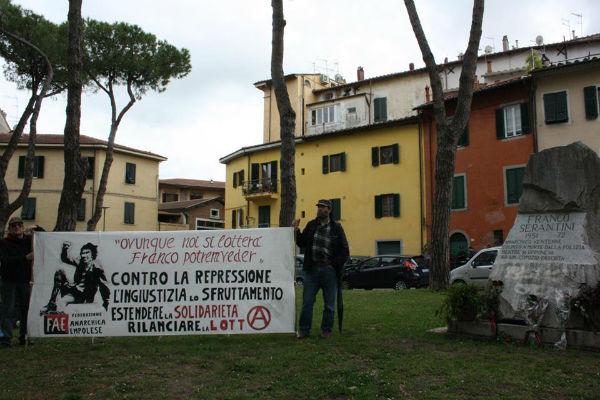 italia-manifestacao-no-45o-aniversario-da-morte-1