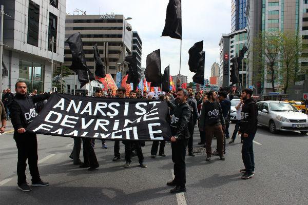 turquia-de-haymarket-a-taksim-a-luta-anarquista-1