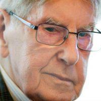 [Alemanha] Antigo guarda de Auschwitz morre aos 95 anos