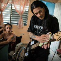 Assim sobrevive o último punk que se inoculou o HIV em Cuba