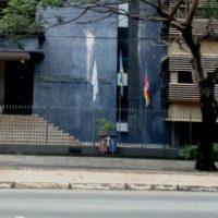 Em solidariedade combativa a Rafael Braga, anarquistas lançam bombas de tinta no Tribunal de Justiça de Porto Alegre (RS)