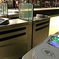 [Grécia] Atenas: Concentração contra o bilhete eletrônico dentro da estação de metrô