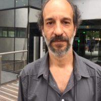 Ideias da extrema-direita circulam livremente no Brasil, diz historiador Luís Edmundo