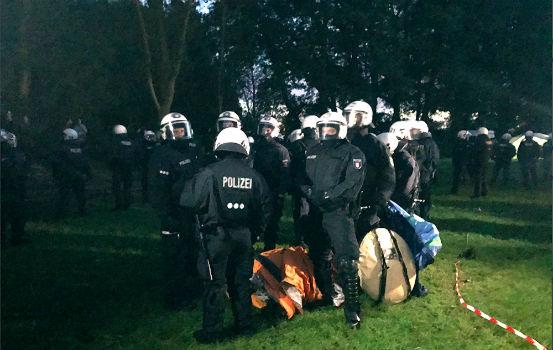 alemanha-ativistas-anti-g20-ameacam-ocupar-praca-1