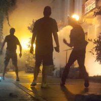 [Grécia] Vídeo: Anarquistas defendem a Zona Autônoma de Exarchia da polícia