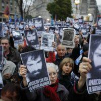[Argentina] Buenos Aires: Massiva marcha por Santiago Maldonado na Plaza de Mayo
