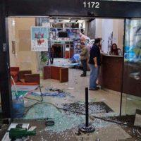[Argentina] Um grupo de encapuzados destroçou a Casa do Chubut em Buenos Aires