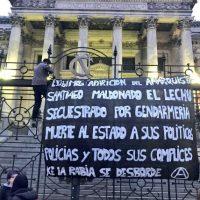 [Chile] Pelo companheiro anarquista Santiago Maldonado. Façamos com que a polícia e o Estado desapareçam!