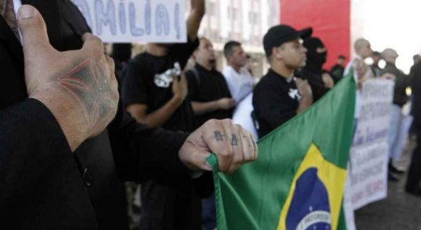 curitiba-pr-cercados-pelo-odio-brasil-tem-150-mi-1