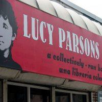 [EUA] O Centro Lucy Parsons, onde radicais de Boston compram livros