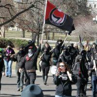 [EUA] Trump deu força aos radicais que se denominam antifascistas, diz sociólogo