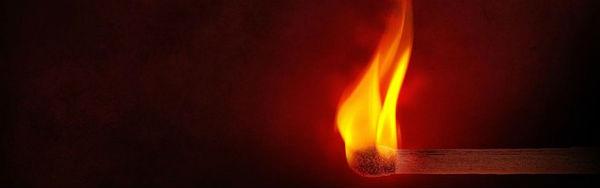 franca-tres-autolibs-sao-incendiados-em-solidari-1