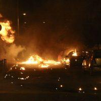 [Grécia] Vídeo: Confrontos em Atenas durante os protestos Antifa pelo assassinato do rapper Pavlos Fyssas pelos nazistas do Aurora Dourada