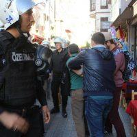 turquia-os-distribuidores-do-jornal-anarquista-m-4.jpg