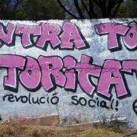 [Espanha] Vídeo: Nem monarquia, nem república. Grafites e pixações anarquistas em Barcelona